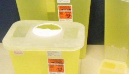 Sharp Safety® Contenedor Amarillo de Material Cortopunzante